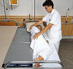 Bettlägerige Patienten Umlagern